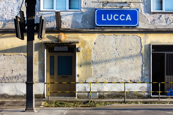 Lucca Sign