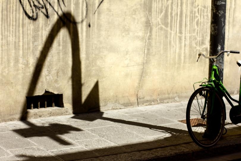 Florence Streetlight Shadow